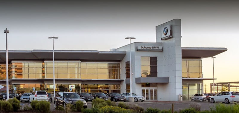 Outside view of Highlands Ranch BMW